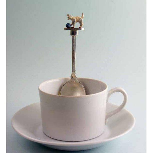 Lille teske - kat med garnnøgle