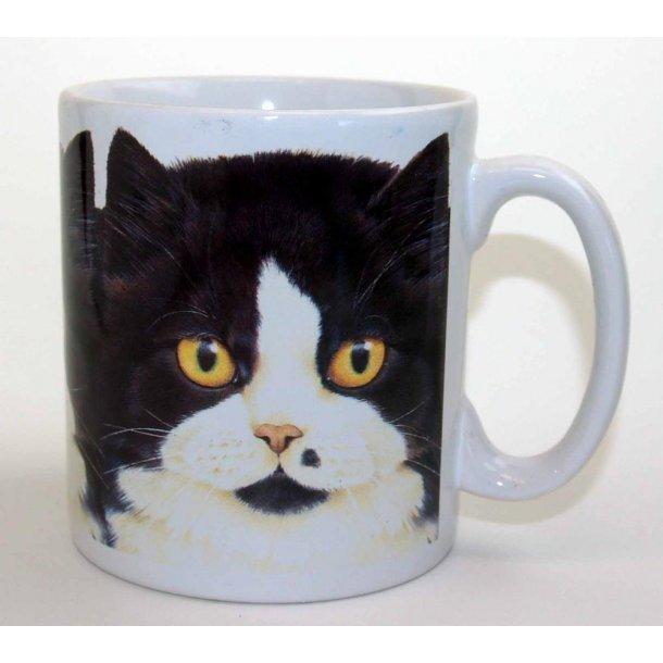 Robust krus:<br>Flot kat i sort og hvidt