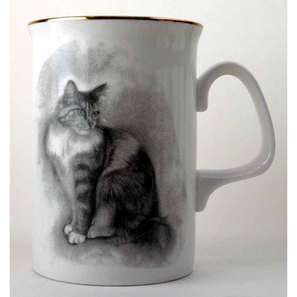 Højt, slankt krus<br>Flot semilanghårs-kat